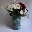 Eltolódva - virágtartó, A virágtartót négy darabból állítottam össz...