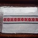 Kézzel szőtt asztalterítő,piros, Dekoráció, Képzőművészet, Magyar motívumokkal, Textil, Eredeti Beregi szőttes futó, a tájra jellemző mintával. Szövőszéken készült. Mérete :65*3..., Meska