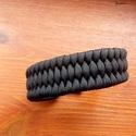 """"""" Feketeség"""" paracord karkötő, Férfiaknak, Ékszer, Karkötő, A karkötő """"trilobite"""" mintával készült,  fém csattal záródik.Három méretben állítható. ..., Meska"""