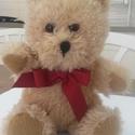 Teddy mackó babáknak (csörgő), Baba-mama-gyerek, Játék, Plüssállat, rongyjáték, Baba-mama kellék, Varrás, Horgolás, Pihe-puha,tündéri teddy maci kimondottan babáknak. .A maci magassága 19 cm,belsejében csörgővel ell..., Meska