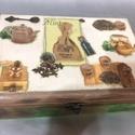 Fenyőből készült Hatrekeszes teafiltertartó doboz, Otthon, lakberendezés, Tárolóeszköz, Doboz, Decoupage, transzfer és szalvétatechnika, A doboz saját készítésű tetején mart mintával.   A doboz teteje decoupagolva van. Oldalai belseje, ..., Meska
