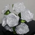 7 szálas fehér rózsa csokor, Dekoráció, Otthon, lakberendezés, Csokor, Mindenmás, Virágkötés, A csokor 25mm széles szatén szalagból készült rózsafejekből áll, amik átlag 40mm átmérőjűek..  A cs..., Meska