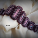 Elegáns lila gyöngyfűzött karkötő, Ékszer, óra, Karkötő, Egyedi, saját tervezésű, különleges forma- és színvilágú, dekoratív gyöngyfűzött karkötő.  Hossza: 1..., Meska