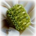 Zöld gyöngyfűzött koktélgyűrű, Ékszer, Gyűrű, Egyedi, saját tervezésű, különleges formavilágú, dekoratív gyöngyfűzött koktélgyűrű.  Fém elemet nem..., Meska