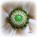 Zöld gyöngyfűzött koktélgyűrű, Ékszer, Gyűrű, Egyedi, saját tervezésű, különleges formavilágú, dekoratív gyöngyfűzött koktélgyűrű, a zöld különböz..., Meska