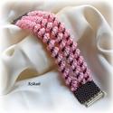 Pink/galambszürke gyöngyfűzött karkötő, Ékszer, óra, Karkötő, Egyedi, saját tervezésű, különleges formavilágú, dekoratív gyöngyfűzött karkötő.  Hossza: 20 cm Szél..., Meska