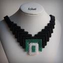 Elegáns fekete gyöngyfűzött nyakék, Ékszer, Nyaklánc, Elegáns, saját tervezésű, egyedi, különleges szín- és formavilágú, dekoratív gyöngyfűzött nyakék.  F..., Meska