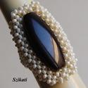 Elegáns gyöngyfűzött koktélgyűrű, Ékszer, Gyűrű, Elegáns, egyedi, saját tervezésű, különleges formavilágú, dekoratív gyöngyfűzött koktélgyűrű.  Körmé..., Meska
