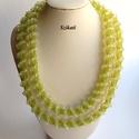 Kétsoros zöld gyöngyfűzött nyaklánc, Ékszer, Nyaklánc, Egyedi, saját tervezésű, kétsoros, különleges forma- és színvilágú, dekoratív gyöngyfűzött nyaklánc...., Meska