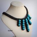 Elegáns fekete - türkiz gyöngyfűzött nyakék, Ékszer, Nyaklánc, Elegáns saját tervezésű, egyedi, különleges szín- és formavilágú, dekoratív gyöngyfűzött nyakék.  Fé..., Meska