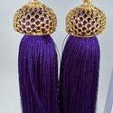 Bojt fülbevaló, Ékszer, Fülbevaló, Gyönyörű egyedi fülbevaló! Indiai selyemcérnából készült a bojt ami egy arany színű kupa..., Meska