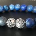 Stílusos és elegáns férfi karkötő, Ékszer, Férfiaknak, Karkötő, Ékszer, kiegészítő, Ékszerkészítés, Ásvány karkötő gyönyörű ezüst bali gyöngyel és kék lapis lazuli kövekből. Méretre és egyéni ízlésre..., Meska