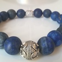 Matt lapis lazuli ásvány karkötő bali ezüst gyönyggyel