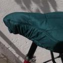 Bicikli nyeregvédő., Mindenmás, Ruha, divat, cipő, Dekoráció, Zöld, vízhatlan, steppelt anyagból készítettem ezt az üléshuzatot. Bélelve van, de ennek ell..., Meska