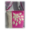 Gyönyörű pink és bézs színű, egyedi női táska, Ruha, divat, cipő, Táska, Laptoptáska, Válltáska, oldaltáska, Pinkrózsaszín és bézs színű textilbőrből készült női táska a képeken látható kivitelben. A táska dís..., Meska