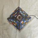Tiffany üveg lámpa - kockás, Otthon, lakberendezés, Képzőművészet, Lámpa, Hangulatlámpa, Kockás lámpa eladó!  - 6 szín - Spektrum üveg - átmérő: 16cm , Meska