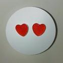Piros szív alakű műgyanta fülbevaló 8 mm 12 mm, Ékszer, Fülbevaló, Karika fülbevaló, Ékszerkészítés, Piros szív alakú műgyantából készült fülbevaló. Üvegszerű hatás, nem törékeny, tömör anyag. Könnyű ..., Meska