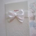 Fehér a fehérrel, Naptár, képeslap, album, Képeslap, levélpapír, Papírművészet, Kis méretű, A6-os nagyságú kinyitható üdvözlőlap, mely lehet meghívó, babahírmondó, jókívánságot kö..., Meska