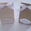 Hölgyeim és uraim, Esküvő, Meghívó, ültetőkártya, köszönőajándék, Esküvői dekoráció, Papírművészet, Csodaszép,  fehérarany és óarany gyöngyházfényű kartonból készült aprócska, jelképes ajándék átadás..., Meska