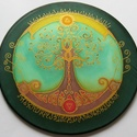Életfa mandala, zöld, Dekoráció, Kép, 20 cm átmérőjű kézzel festett egyedi selyemkép. Az Életfa többek között a Föld és Ég közötti összekö..., Meska