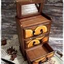 Csokis Narancs komód - vintage ajándék / szekrény / ékszertartó / nászajándék / tároló íróasztalra / emlék, Otthon, lakberendezés, Ékszer, óra, Ékszertartó, Tárolóeszköz, Idézz BÁJOS RÉGMÚLT HANGULATOT az otthonodba a kézzel festett és dekorált szekrénykéimmel! ..., Meska