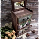 Paliszander és Levendula komód - vintage ajándék / szekrény / ékszertartó / nászajándék / tároló íróasztalra / emlék, Otthon, lakberendezés, Ékszer, óra, Ékszertartó, Tárolóeszköz, Idézz BÁJOS RÉGMÚLT HANGULATOT az otthonodba a kézzel festett és dekorált szekrénykéimmel! ..., Meska