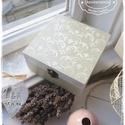 Visszafogott Elegancia doboz - ajándék / teás doboz / teafilter tartó / ékszertartó / emlék doboz / keksz / doboz, Otthon, lakberendezés, Esküvő, Tárolóeszköz, Nászajándék, Festett tárgyak, Az egyik LEGKEDVELTEBB és a LEGTÖBBET RENDELT termékem a négyzetes dobozok, melyet a DEKORATÍV MINT..., Meska