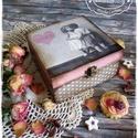 Fall in Love doboz - vintage ajándék / teás doboz / teafilter tartó / ékszertartó / emlék / keksz / nászajándék, Otthon, lakberendezés, Esküvő, Szerelmeseknek, Tárolóeszköz, Festett tárgyak, Decoupage, transzfer és szalvétatechnika, Add stílusos és hangulatos ajándékdobozban a meglepetést Szerettednek legyen szó akár Anyák Napjáró..., Meska