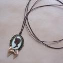 Kézműves Vintage Camea mintás nyaklánc, Ékszer, Nyaklánc, Egyedi Camea mintás nyaklánc.  Saját készítésű, egyedileg összerakott. A kép mérete: 2,5x2cm. A nyak..., Meska