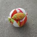 Sárga-Narancssárga Baba Labda, Baba-mama-gyerek, Játék, Baba játék, Kézműves Baba Labda.  A labda átmérője: 12cm. Kézzel és géppel varrt, semmilyen ártalmas anyagot nem..., Meska