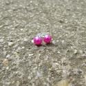 Rózsaszín gyöngy fülbevaló bedugós, Ékszer, Fülbevaló, Egyedi gyöngy fülbevaló.  Saját készítésű, egyedileg összerakott. A gyöngy mérete: 0,5x0,5cm. A fülb..., Meska