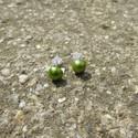Zöld gyöngy fülbevaló bedugós, Ékszer, Fülbevaló, Egyedi gyöngy fülbevaló.  Saját készítésű, egyedileg összerakott. A gyöngy mérete: 0,5x0,5cm. A fülb..., Meska