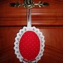 Piros Pöttyös Dekorációs Függő, Dekoráció, Otthon, lakberendezés, Dísz, Ünnepi dekoráció, Ajtódísz, kopogtató, Dekorációs függő.  Felhasználható:  - Ajtódísznek - Kilincsdísznek - Fogantyúdísznek - Karácsonyfa d..., Meska