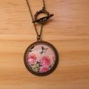 Vintage Pillangós nyaklánc, Ékszer, Nyaklánc, Egyedi mintás nyaklánc.  Saját készítésű, egyedileg összerakott. A kép mérete: 3x3cm. A nyaklánc hos..., Meska