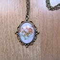 Kézműves Virág ovális nyaklánc, Ékszer, Nyaklánc, Egyedi Virág mintás nyaklánc.  Saját készítésű, egyedileg összerakott. A kép mérete: 2,5x2cm. A nyak..., Meska