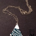 Havas hegy nyaklánc, Ékszer, Nyaklánc, Tűzzománc technikával készült hegy medál. Mérete: 4cm., Meska