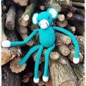 Maki, Játék, Játékfigura, Türkiz színű, kevert fonalból horgolt majmocska, szilikonos töltőanyaggal, biztonsági szemekk..., Meska