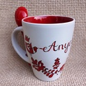 Szívből szívesen - Piros magyaros mintás bögre kanállal