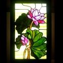Indiai lótusz világító tiffany falikép, Otthon, lakberendezés, Dekoráció, Bútor, Kép, Mindenmás, Üvegművészet, Gyönyörű fénnyel töndökló, ízléses finom kidolgozású, virágok, élethű lótuszlevelekkel harmonikus s..., Meska