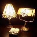 Liliomos tiffany szett; lámpák és ékszerdoboz, Otthon, lakberendezés, Dekoráció, Bútor, Lámpa, Mindenmás, Üvegművészet, Harmonikus forma és színösszeállításból álló liliomos lámpacsalád és ékszerdoboz, mely gyönyörűen é..., Meska