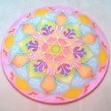 Tavaszi, vidám selyem mandala kép, Ezt a mandalát egy 20 cm átmérőjű selyemre fe...