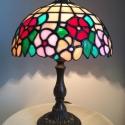 Tiffany lámpa, Otthon, lakberendezés, Lámpa, Asztali lámpa, Hangulatlámpa, 20 cm átmérőjű, 30 cm magas Tiffany lámpa. A lámpa búra bármilyen más színösszeállítás..., Meska