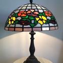 Tiffany lámpa Akció!, Otthon, lakberendezés, Lámpa, Asztali lámpa, Hangulatlámpa, Tiffany lámpa.  A lámpaernyő átmérője:30cm A lámpa magassága 40cm. , Meska