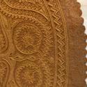 szűrrátétes terítő (koktélszett), Képzőművészet, Magyar motívumokkal, Otthon, lakberendezés, Textil, szűrrátétes terítő gyapjúfilcből készült. Mérete 32x24cm. drapp alapon drapp rátét.  Eze..., Meska
