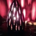 asztali hangulatlámpa, Otthon, lakberendezés, Lámpa, Állólámpa, Hangulatlámpa, Kerámia, Az itt látható lámpa testét korongozással készítettem, a mintákat kézzel vágtam a falába. Színe bor..., Meska