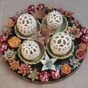 Húsvéti vagy tavaszi asztaldísz, Dekoráció, Ünnepi dekoráció, Húsvéti apróságok, Kerámia, A virágokból álló dísz szimbolikája nem kötött, azaz nincsenek rajta kimondottan a Húsvéthoz köthet..., Meska