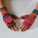 Pink virág - kötött kézmelegítő, Puha, színátmenetes fonalból kézi kötéssel k...