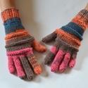 Pink tarka - 5 ujjas kesztyű, Puha, meleg, színátmenetes fonalból, kézi köt...