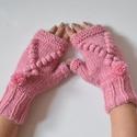 Eper fagylalt - ujjnélküli kesztyű pompon díszítéssel - pasztell rózsaszín színben, Nyár a télben! Ha eszedbe jut az eperfagylalt......