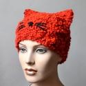 Cat - piros macska sapka vastag buklé fonalból. Jöhet a tél!, Ruha, divat, cipő, Kendő, sál, sapka, kesztyű, Sapka, Élénk piros vastag buklé fonalból terveztem és kötöttem ezt a macskás sapkát :-) Piros és bordó mela..., Meska